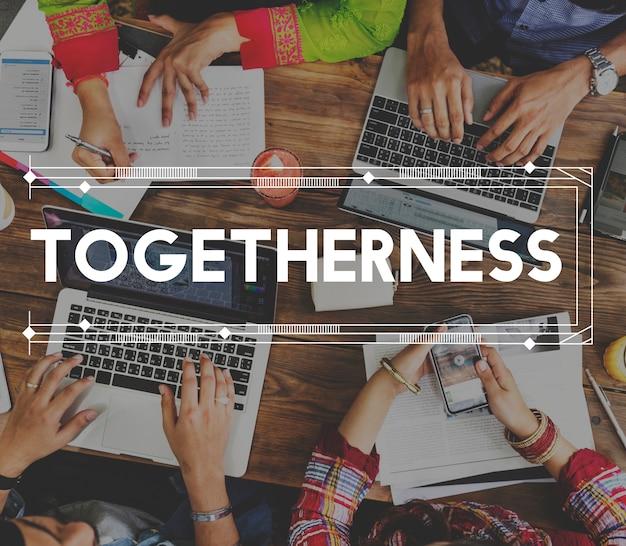 Comunicación conexión académica redes sociales