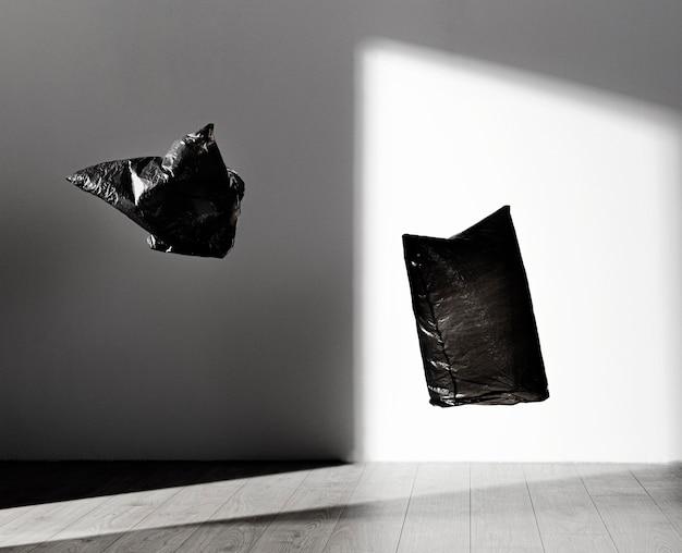 Concepto abstracto de bolsa de plástico con espacio de copia