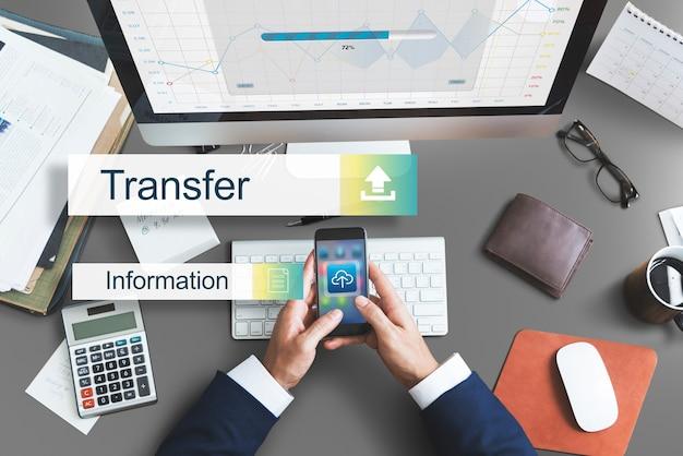 Concepto de almacenamiento de copia de seguridad de transferencia de datos