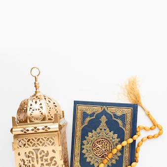 Concepto de año nuevo islámico de vista superior con espacio de copia