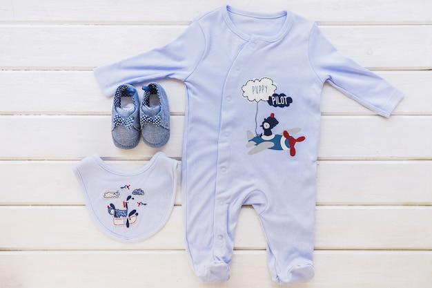 Concepto de bebé con pijamas