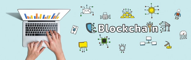 Concepto blockchain o tecnología de grabación y almacenamiento distribuido de información con iconos abstractos.