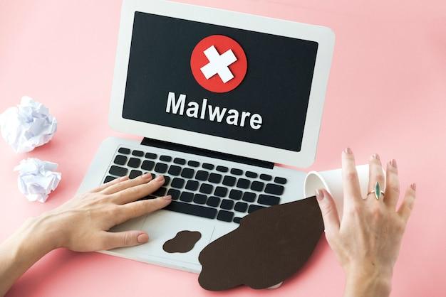Concepto de bloqueo de software espía no garantizado no disponible