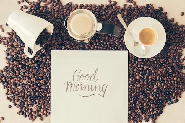 Concepto de café con mensaje de buenos días