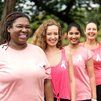 Concepto de la caridad de la ayuda del cáncer de pecho de las mujeres