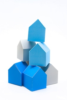 Concepto de casas, buscando la casa ideal.
