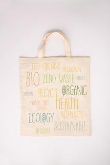 Concepto de cero residuos. bolsa de algodón ecológica, plana