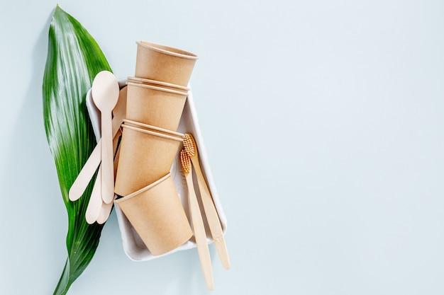 Concepto de cero residuos con productos sostenibles.