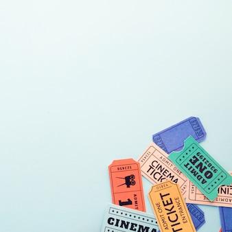 Concepto de cine con entradas