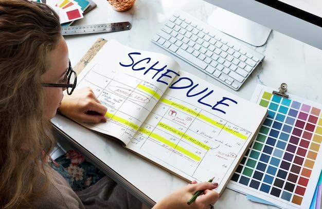 Concepto de cita de calendario de actividades de programación
