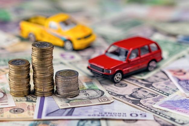 Concepto de coche y dinero