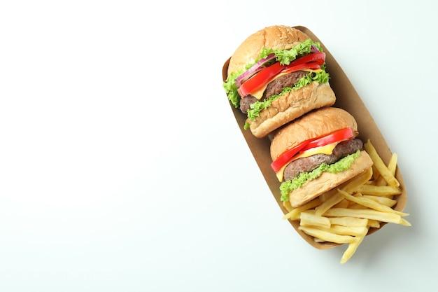 Concepto de comida rápida sobre fondo blanco.