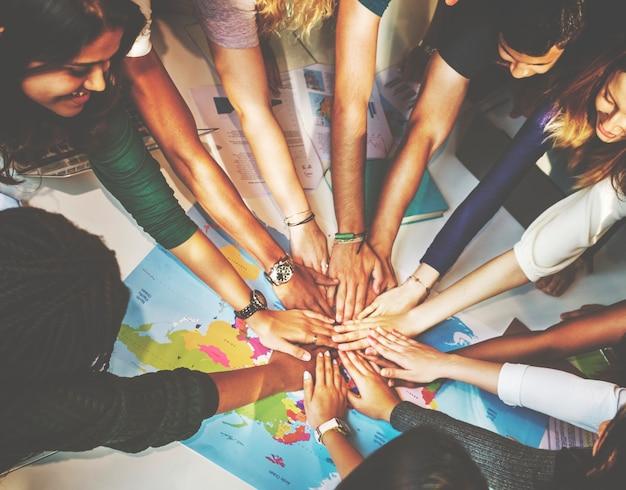 Concepto de comunidad de grupo de solidaridad de compañeros de clase