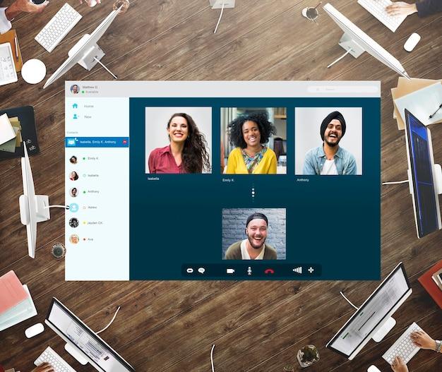 Concepto de conexión de chat de video de amigos de grupo