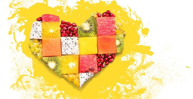 Concepto de corazón frutas dieta concepto comida