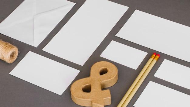 Concepto creativo de papelería
