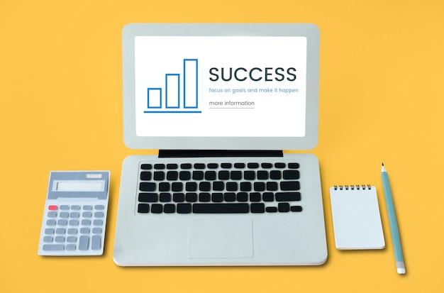 Concepto de crecimiento de información de evaluación empresarial