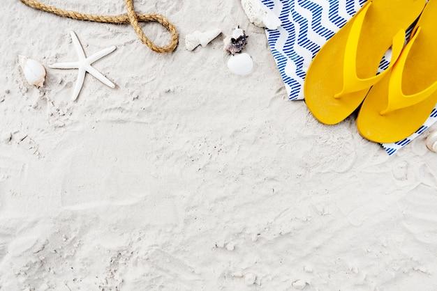 Concepto de exploración de viaje de vacaciones de verano de playa