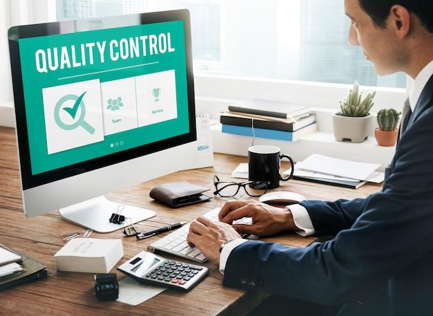 Concepto de desarrollo de mejora de control de calidad