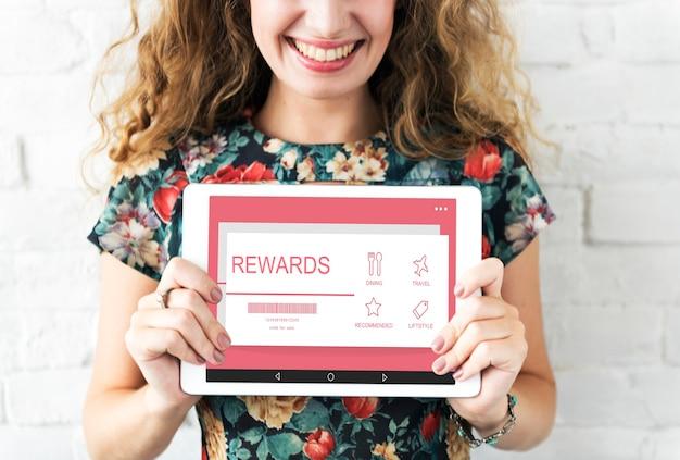 Concepto de descuento de certificado de regalo de vale de recompensas
