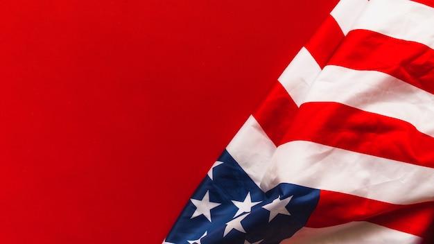 Concepto del día de la independencia de los eeuu con bandera y copyspace