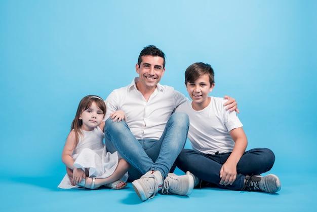Concepto del día del padre con familia feliz