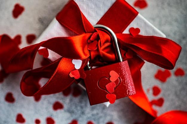 Concepto de día de san valentín con caja de regalo