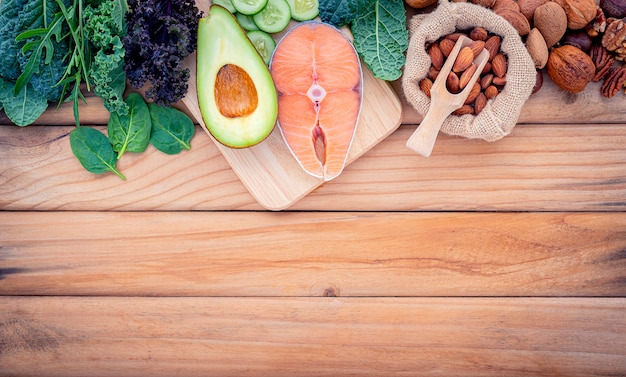 Concepto de dieta cetogénica baja en carbohidratos.
