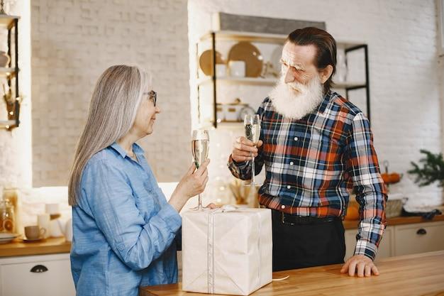 Concepto de edad y personas