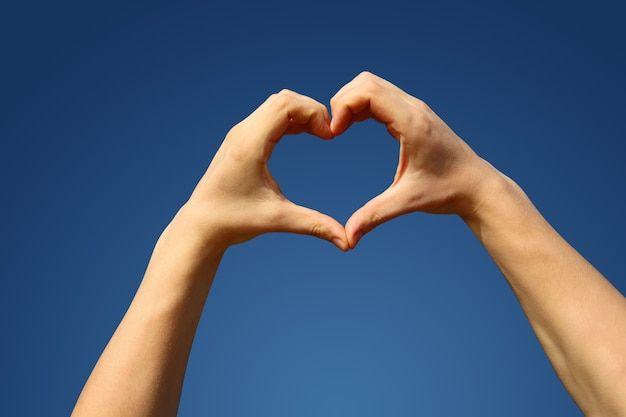 Concepto de emociones humanas, amor, relaciones y vacaciones románticas.