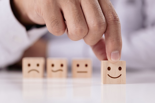 Concepto de encuesta de satisfacción los mejores servicios empresariales excelentes valorando la experiencia del cliente