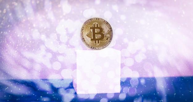 Concepto con escalera de oro bitcoins sobre fondo de gráfico de forex