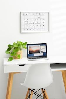 Concepto de establecimiento de objetivos con escritorio