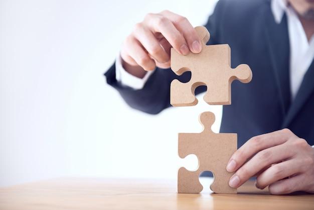 Concepto de estrategia y asociación de soluciones comerciales,