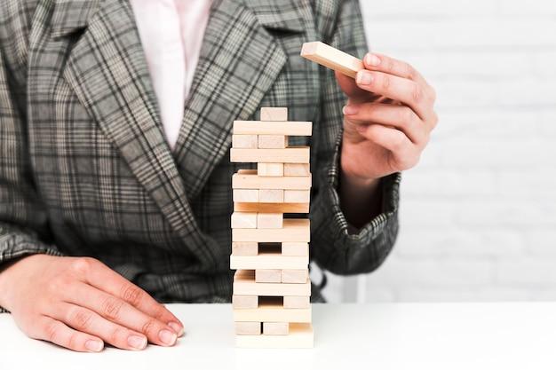 Concepto de estrategia de negocios con un juego