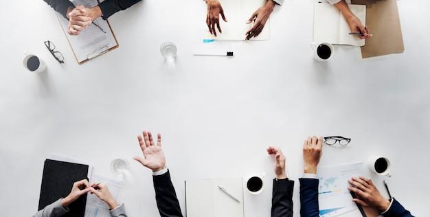 Concepto de la estrategia del planeamiento de meetng del equipo del negocio