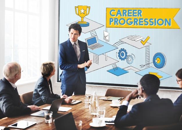 Concepto de éxito de logro de promoción de progresión de carrera