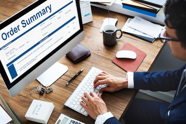 Concepto de factura de formulario de documento de resumen de pedido