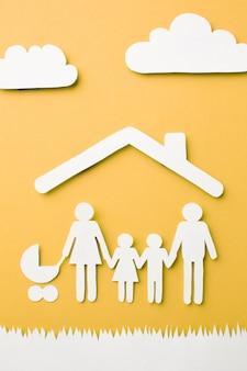 Concepto de familia de corte de papel de primer plano