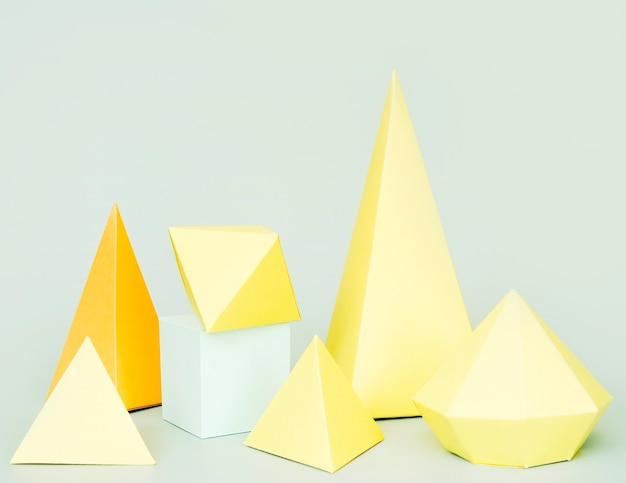 Concepto de forma geométrica de papel