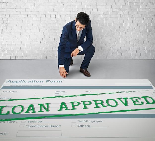Concepto de formulario de solicitud de préstamo aprobado