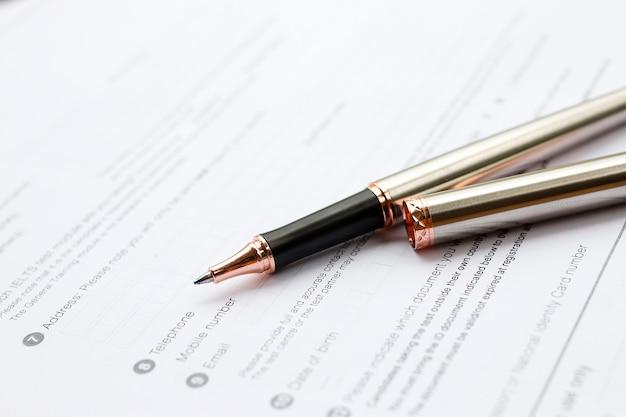 Concepto de formulario de solicitud para solicitar un trabajo, finanzas, préstamos, hipotecas o un formulario de reclamo