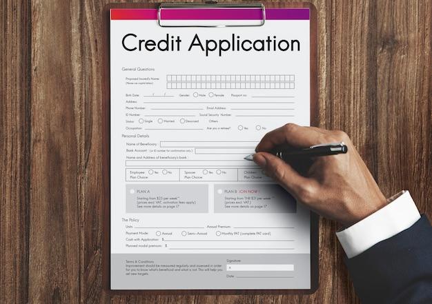 Concepto de formulario de solicitud de tarjeta de crédito
