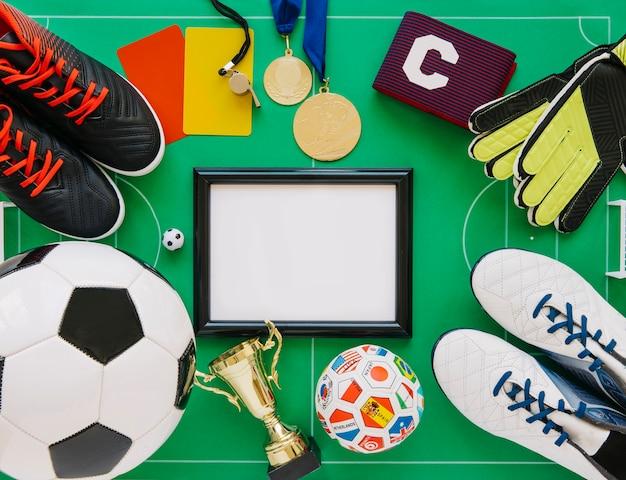 Concepto de fútbol con marco