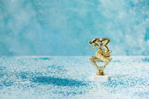 Concepto ganador con premio nadadores.