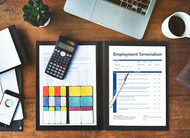 Concepto gráfico de la página del formulario de terminación del empleo