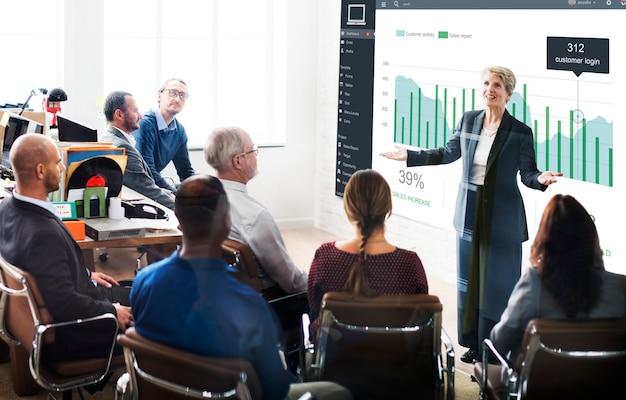 Concepto de gráficos de panel de ventas de marketing de clientes