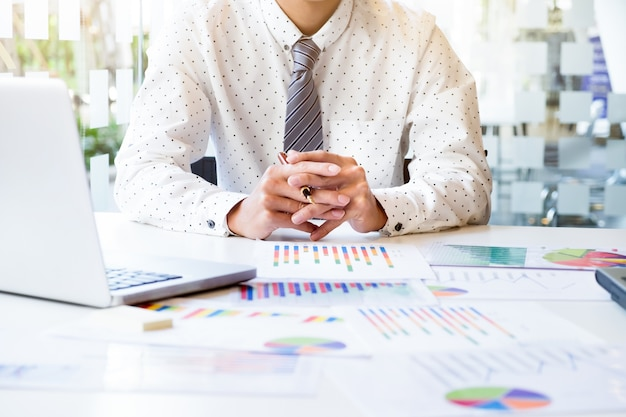Concepto de idea de análisis de negocio.