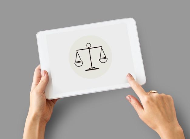 Concepto de igualdad de justicia de sentencia de ley