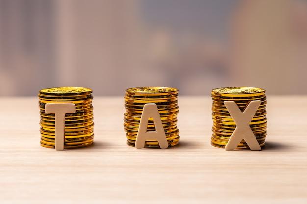 Concepto de impuestos con espacio de copia